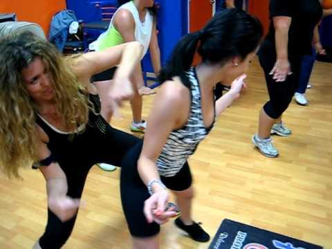 CREU the Brazilian funk RIO dance workout