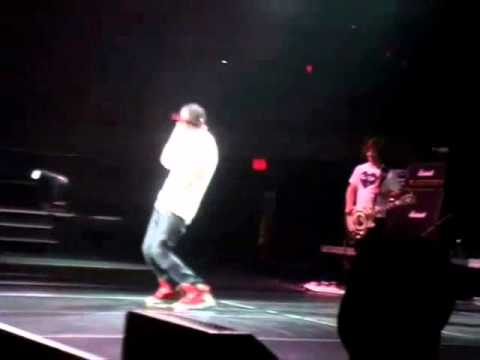 Justin Bieber Dancing Creu Brazil Song !