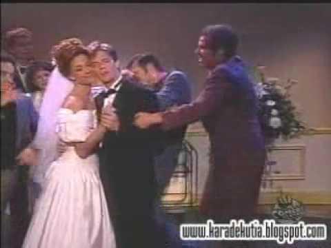 Jim Carrey na dança do créu muito engraçado !!!