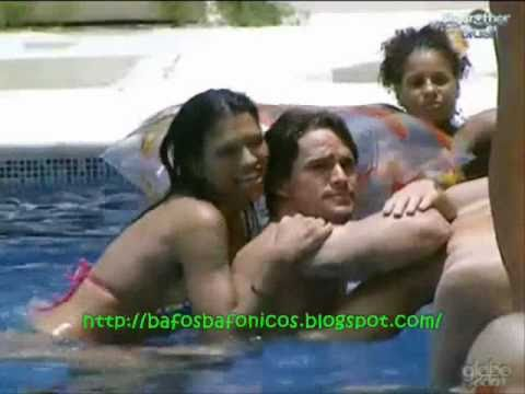BBB11 – Ariadna encoxando Rodrigo (G Magazine) CRÉU – Big Brother Brasil