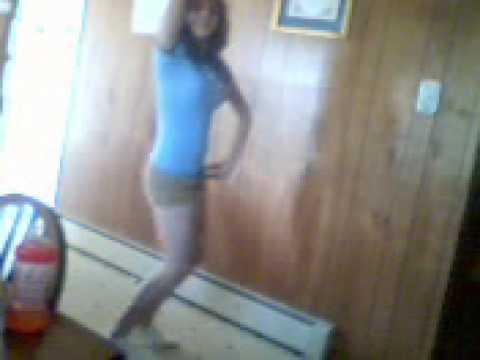 silly sexy latina bailando merengue