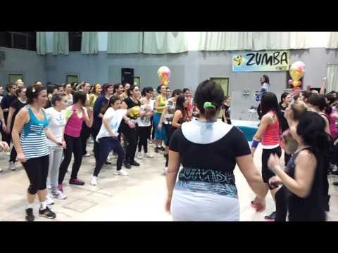 danca do creu….. creuuu creuuuuuu ! Luana Gitto