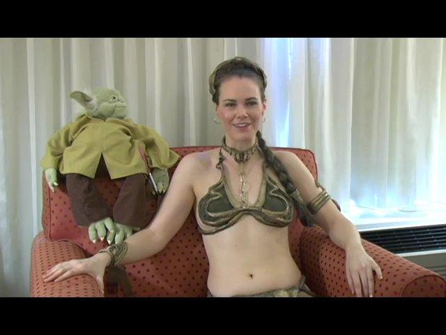 Slave Princess Leia Belly Dancing – www.JediJunkies.com
