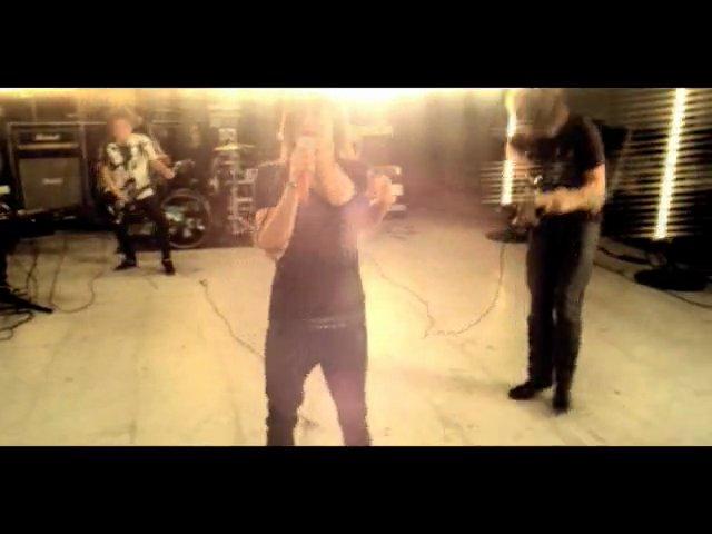 Danger Radio – Slow Dance With A Stranger