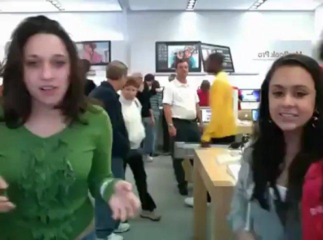 Latinabella224 Latina teen shakin the ass: Crazy Latinas @ Apple