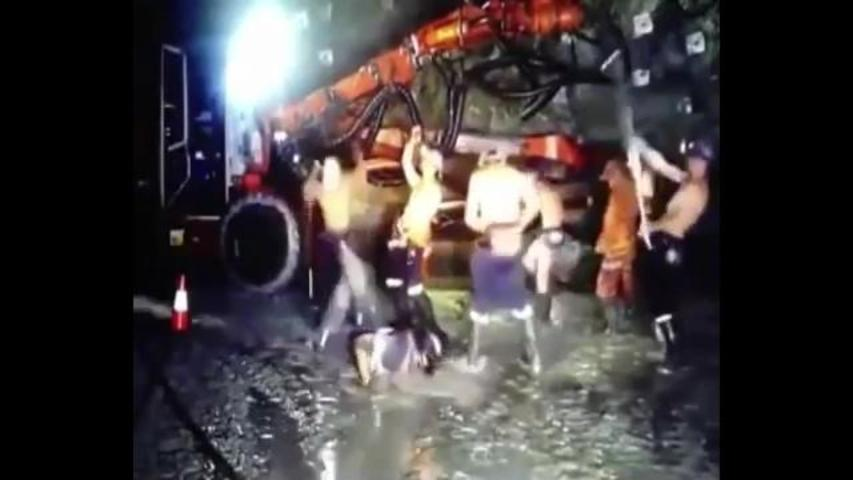 """Australian Miners Reportedly Fired Over """"Harlem Shake"""" Video"""