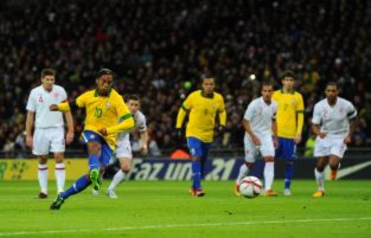 Vickery on Ronaldinho being dropped by Brazil and Ronaldo's fury at Fergie