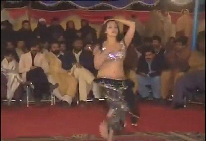 Pakistani Punjabi Randi Mujra