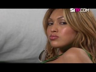 Model Latina: Meet the classy Kelly