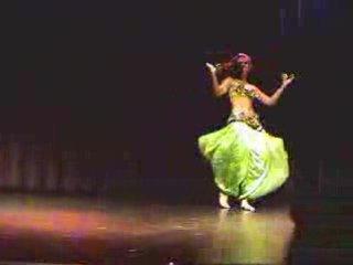 BELLY  DANCE   Petite Jamilla Superstars