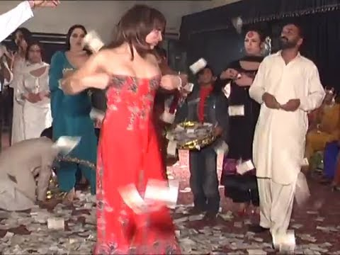 Sexy Mujra girls dancing
