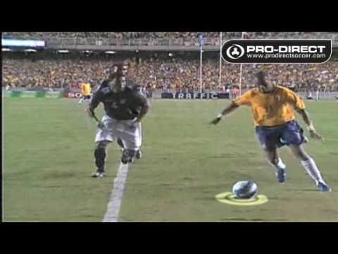 Robinho – Brazil – Dance past defenders