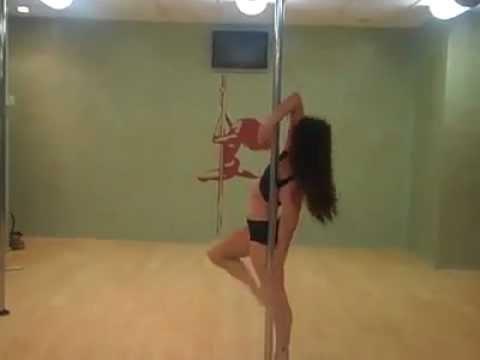 Best Pole Dance Ever!!!  ( sexy girl, amazing pole skills )