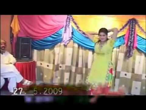 Sexy Dubai Mujra Show nazia iqbal
