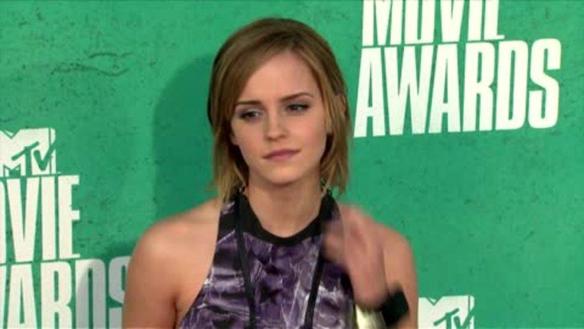 Emma Watson Takes Up Pole Dancing Classes