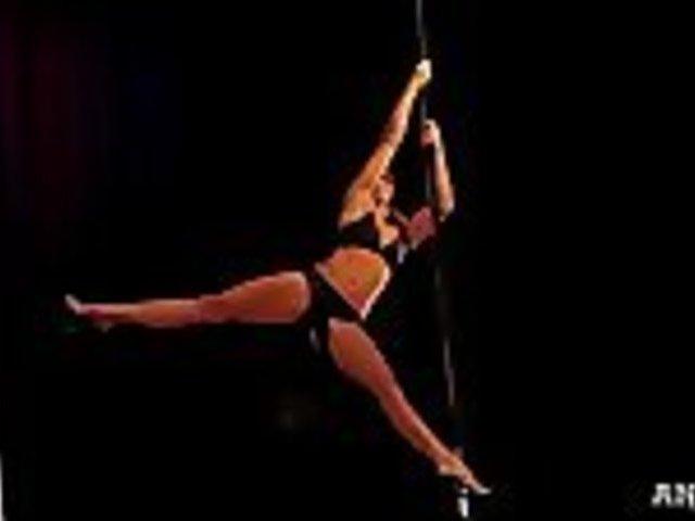 U.S. Pole Dancing Champion