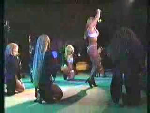 Solo Para Hombres  latina dance show