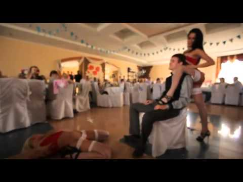 Strippers crash a russian wedding with some dancing and a lap dance!