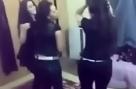بنات خليجية تتعلم الرقص دلع دلع.FLV
