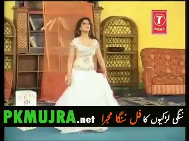 Mahnoor Nanga Mujra without clothes