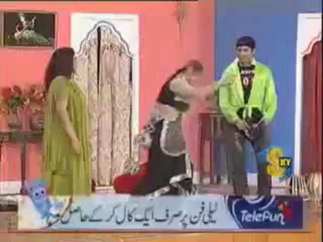 Pakistani Full Nanga Mujra Desi Girl