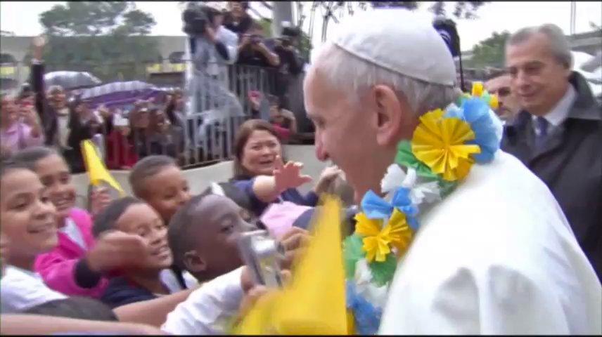 Raw: Pope Visits Brazilian Slum