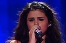 Selena Gomez Gets Tears in Her Eyes During Emotive Performance in New York