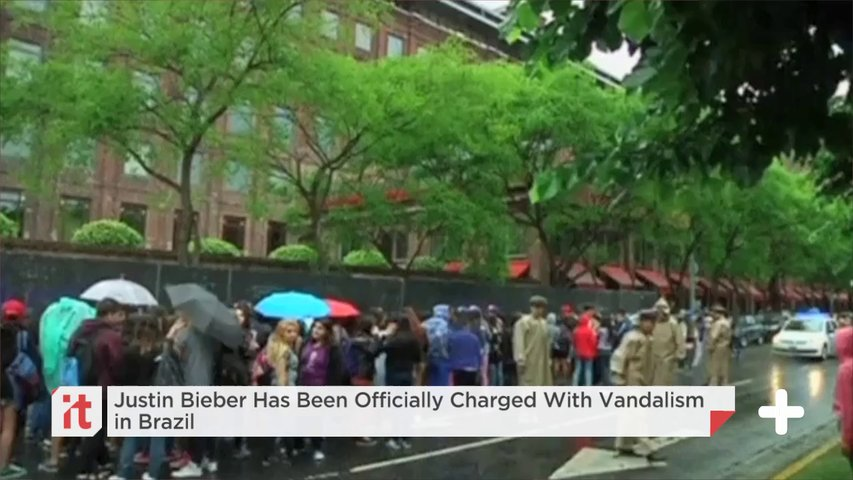 Justin Bieber Has Been Officially Charged With Vandalism In Brazil