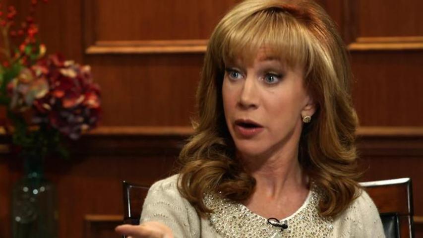 Kathy Griffin Gives Larry a Lap Dance