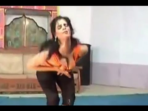 Latest Hot Mujra Dance – Kuri Jud Vi Punjaban
