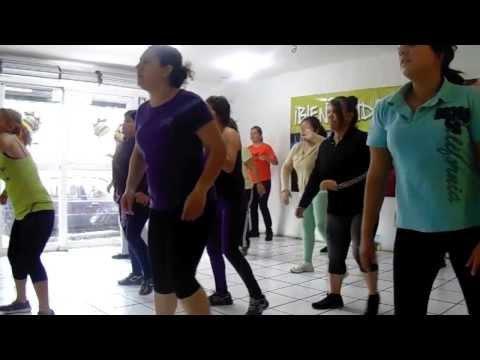 ZUMBA HILDA 2014  Dança do Creu
