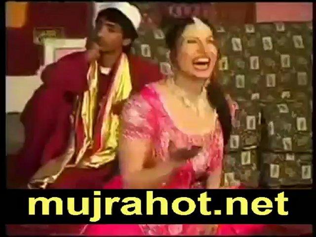 Wey Gujjara Wey Saima Khan Mujra 2013