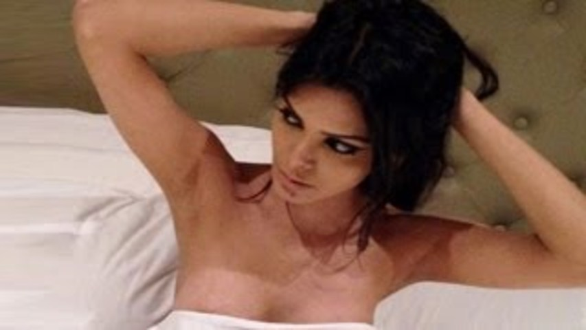 Check Out: Sherlyn Chopra's Sexy Dancing In Bad Girl Video !