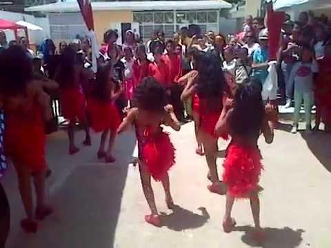Las Chicas Del Can – Presencia Latina Dance (infantil) Remix Chicas Del Can
