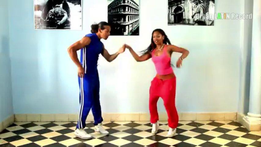 How To Dance Salsa (Casino) – Salsa Workout 1 – Clase de Baile