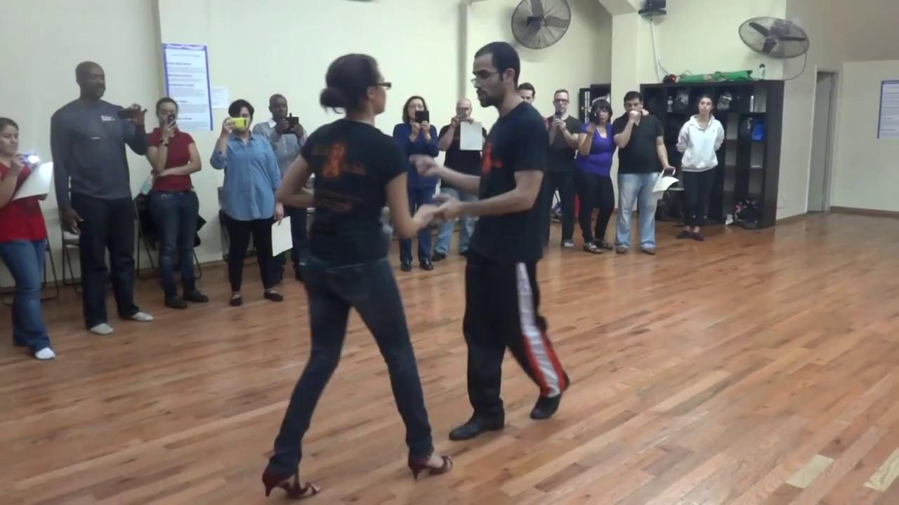Beginner Salsa Class – Nieves Latin Dance Studio