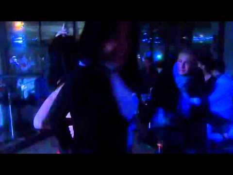 Club freaks # 15   Brazilian girls doing the  Creu  booty dance