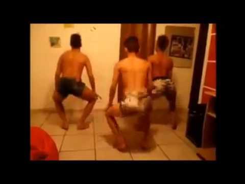 increible como bailan estos #Gays !!!