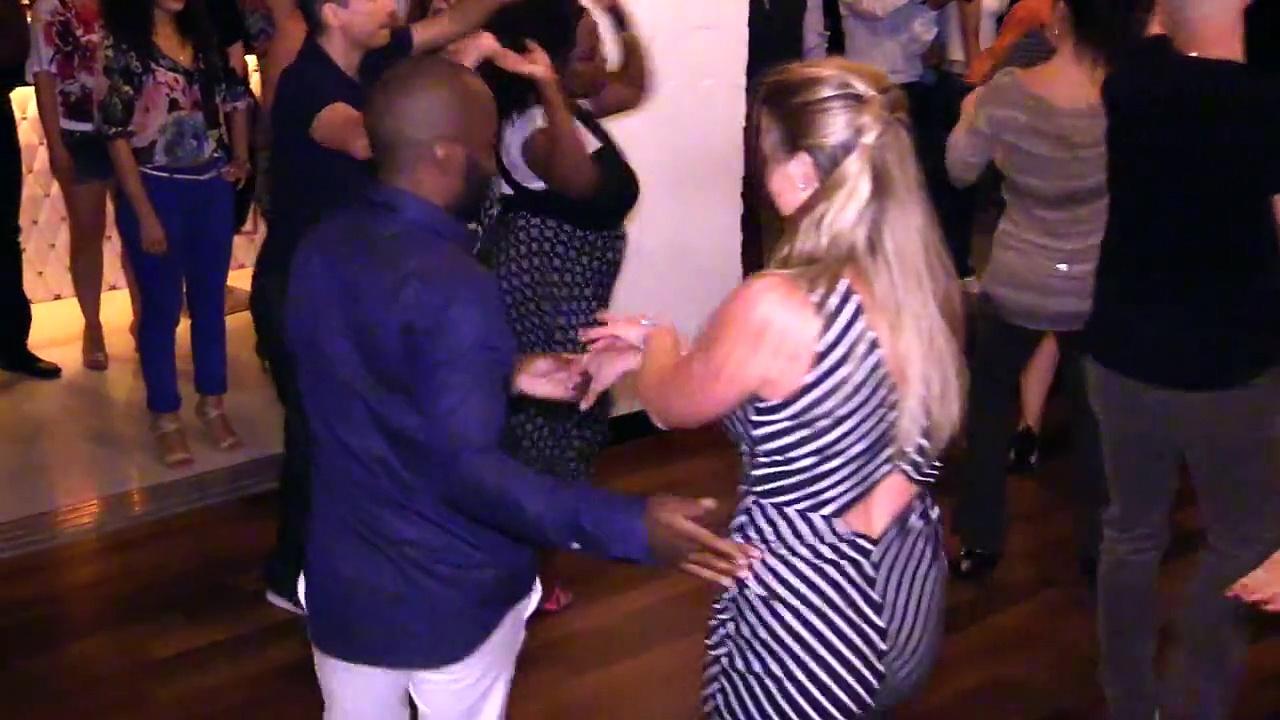 École de Salsa Baila Productions wonderful dancing enjoy it HD 1080 P