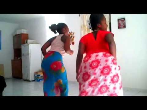 COTE D'IVOIRE LADIES DANCING TO BAIKOKO MALAYA MAPOUKA