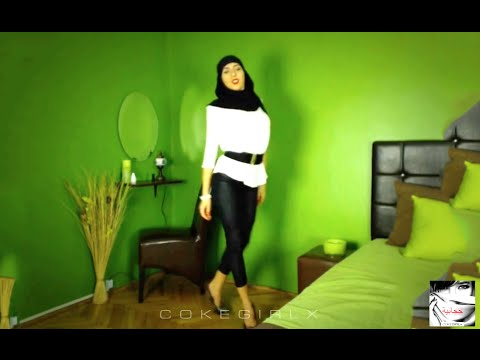 Hijabi Woman Dancing!! (Sexy Arab/Lebanese Dance) *NEW* | ZEHRA