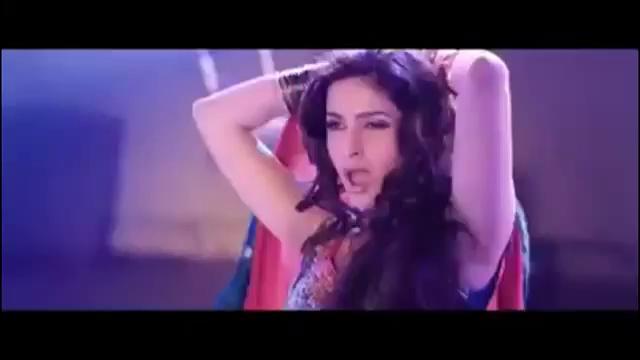 Saba Qamar Sexy Dance on Song In New Pakistani Movie 8968  Mastani Item Song