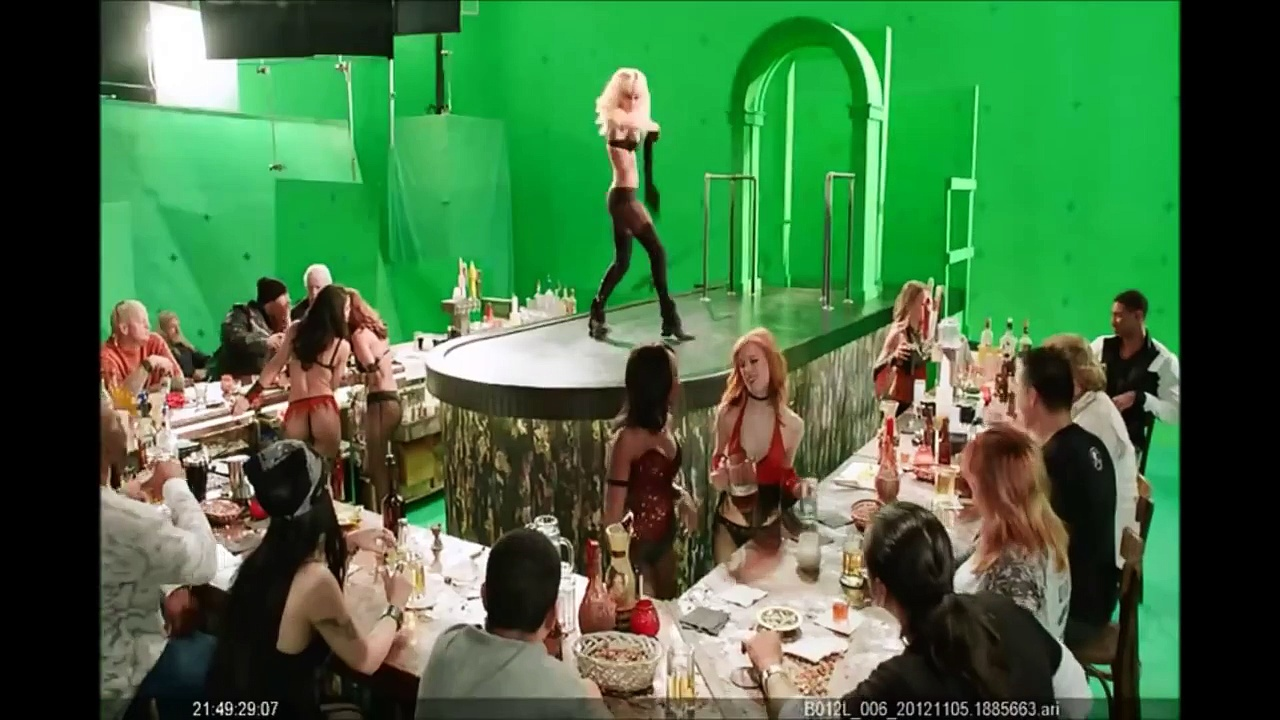 """Watch Jessica Alba's Sexy Dance Behind The Scenes Of """"Sin City 2"""" (NSFW)"""