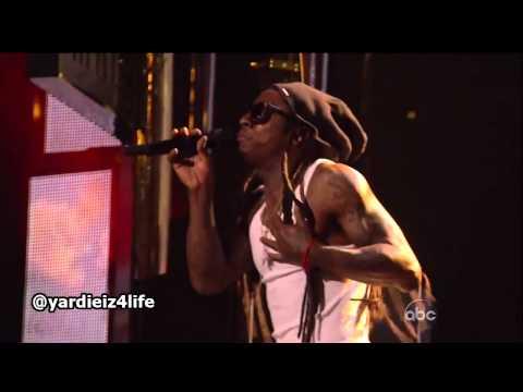 Nicki Minaj gives Lil Wayne a Lap Dance at 2013 Billboard Music Awards