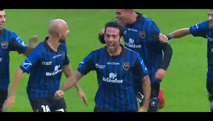 Latina 1-0 Lanciano (goal Dellafiore) 16-11-2014