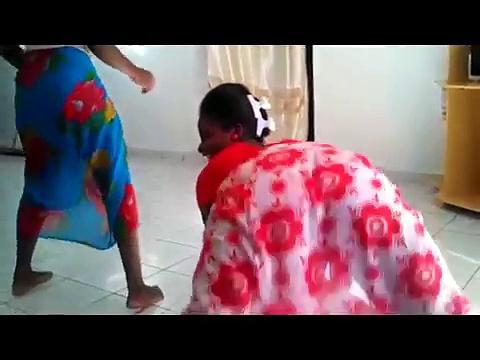 COTE D'IVOIRE LADIES DANCING TO BAIKOKO (MALAYA MAPOUKA)