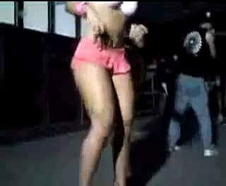 Andressa dançando Creu…………MC creu