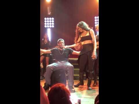 Ciara Gives Fan A Lap Dance – Jackie Tour