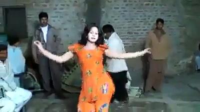 Punjabi bhangra wedding dance mehndi dance punjabi mujra punjab dance home girls dance local girls dance desi girls dance belly dance amazing dance punjabi stage dance – Video Dailymotion
