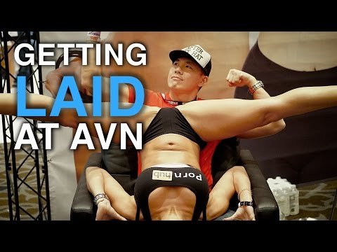 Getting Laid At The AVN 2016 Porn Convention!  Lap Dance From Pornhub Rachel Starr and VR Porn!